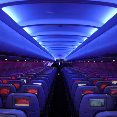 800px-virgin_america_a320_cabin.jpg