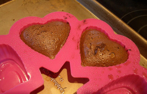 Goodies by Anna: Molten Mocha Heart Cakes For Two