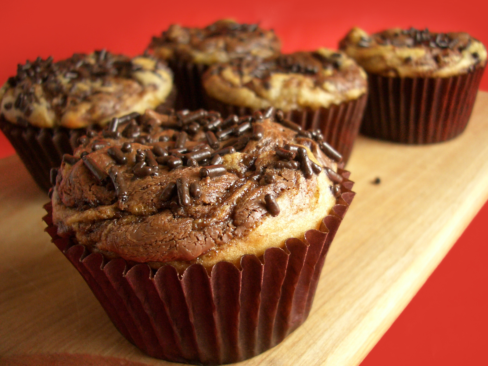 Goodies by Anna: Nutella Banana Swirl Muffins