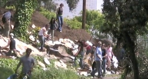 Hayes Valley Farm Occupation Heats Up: Tree Sitters, Eviction Notice From SFPD
