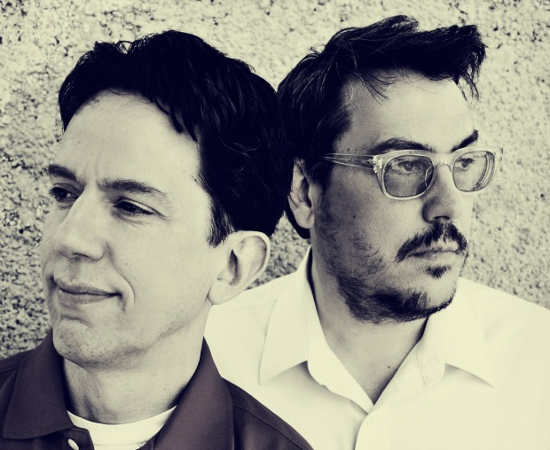 Of Nanobots and Knitted Puppets: An Interview With They Might Be Giants' John Flansburgh