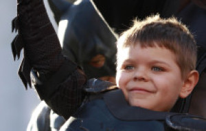 "Batkid And Chief ""Commissioner Gordon"" Suhr To Reunite This Weekend"