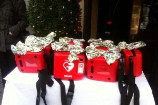 Tenderloin Cops Get Gift Of Defibrillators
