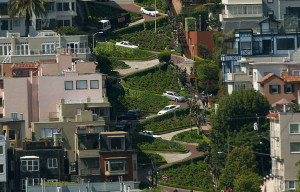 Photographers Robbed Of Equipment While Taking Photos Of Crooked Portion Of Lombard